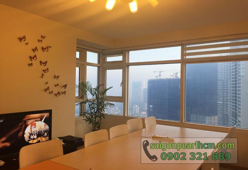Cho thuê căn hộ Saigon Pearl tầng 33 tháp Topaz - bàn phòng khách