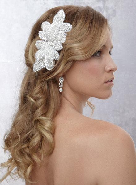Fashion and Art Trend: Bridal Hair Accessories