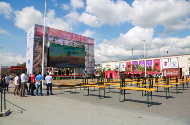 Giant screen at Tirana main square for Albanian Fans - Tirana Fan Zone