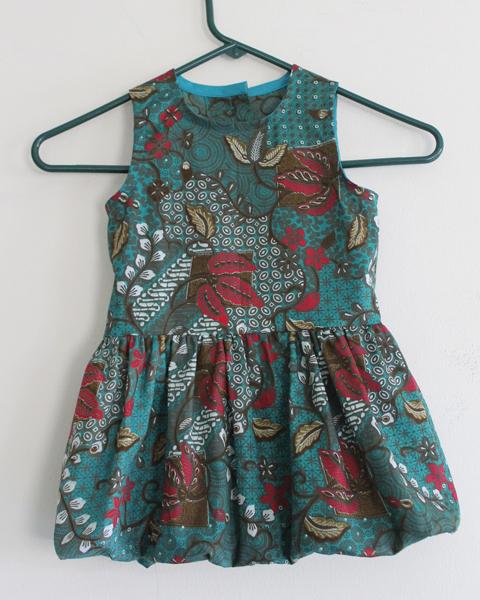 model baju batik bayi
