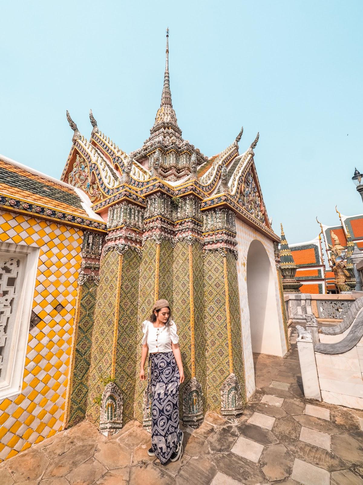 inside Wat Phra Keaw