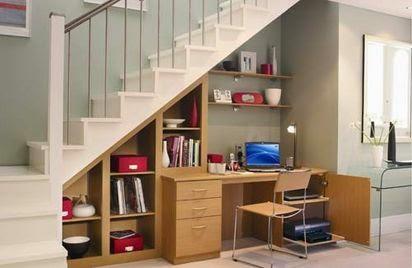 área de estudio bajo escalera