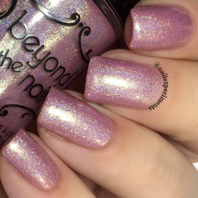 Beyond The Nail Shiver swatch from winter sub-zero collection