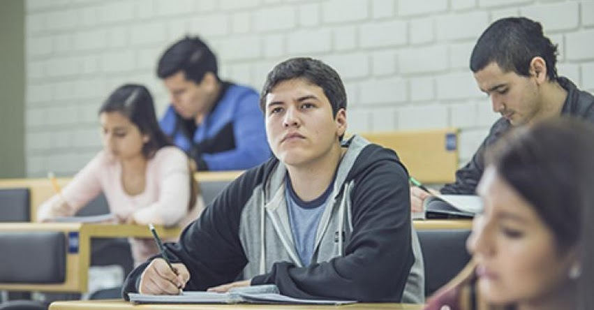 CONGRESO RESPALDA AL MINEDU: No se podrán crear nuevas universidades ni filiales por dos años
