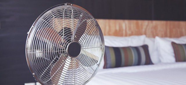 Pakai Kipas Angin Saat Tidur Tidak Dianjurkan, Ini 3 Alasannya