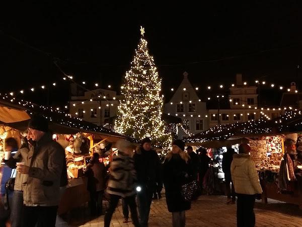 Tallinnan joulumarkkinat ja käsityöliikkeet