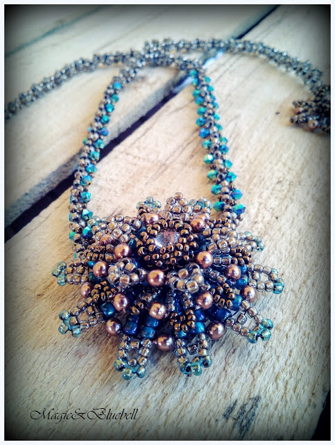Riveted necklace
