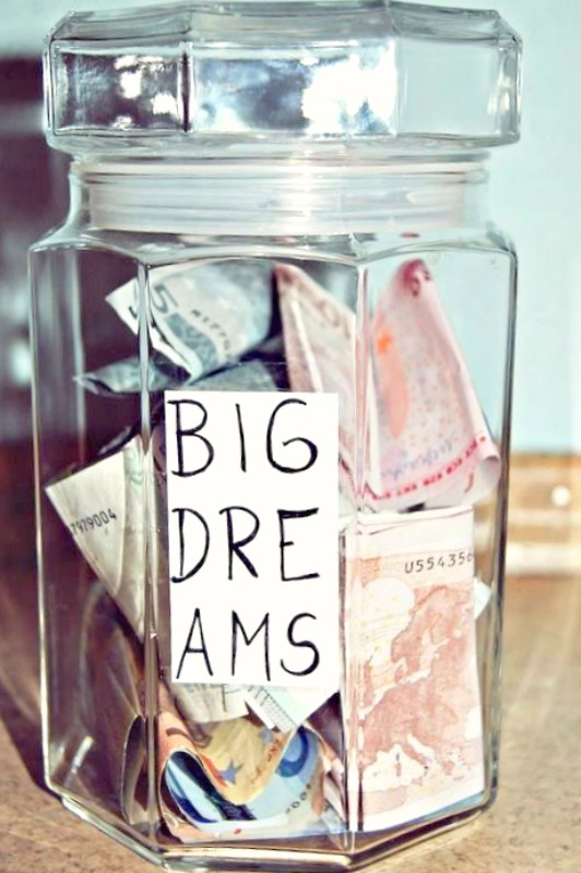 Ioanna's Notebook - Little tips for saving money