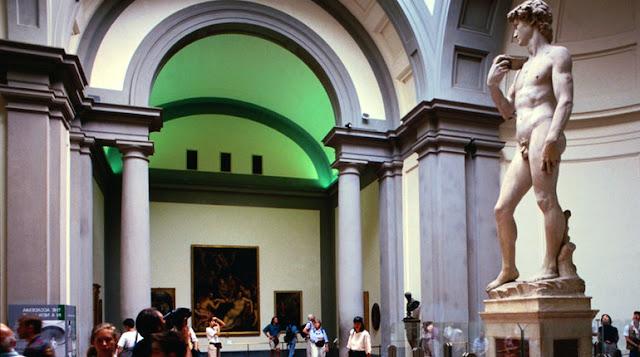 Ingressos para a visita com áudio guia a Galeria Accademia em Florença