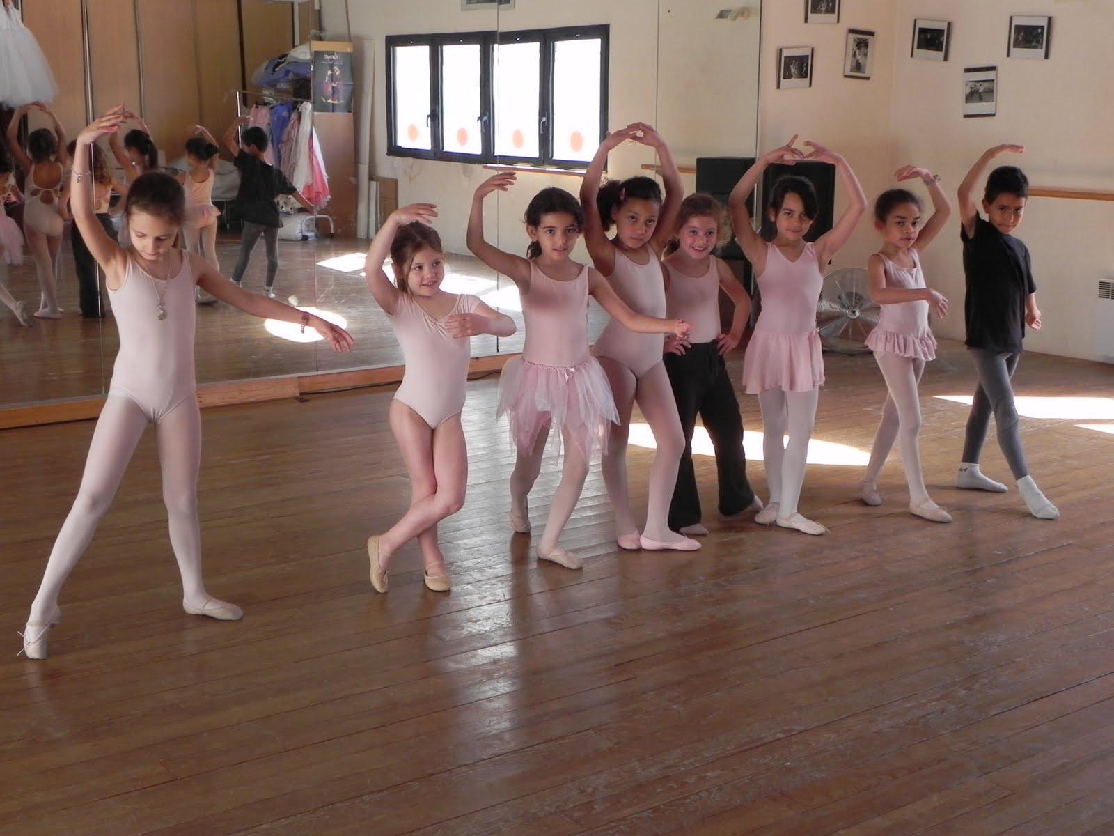 EVOLUTION Ecole de Danse Marseille (Bouches du Rhone): L
