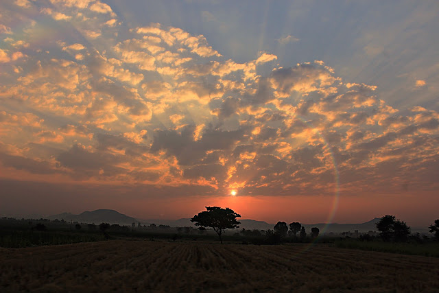 Morning Be Like : Kolhapur Highway