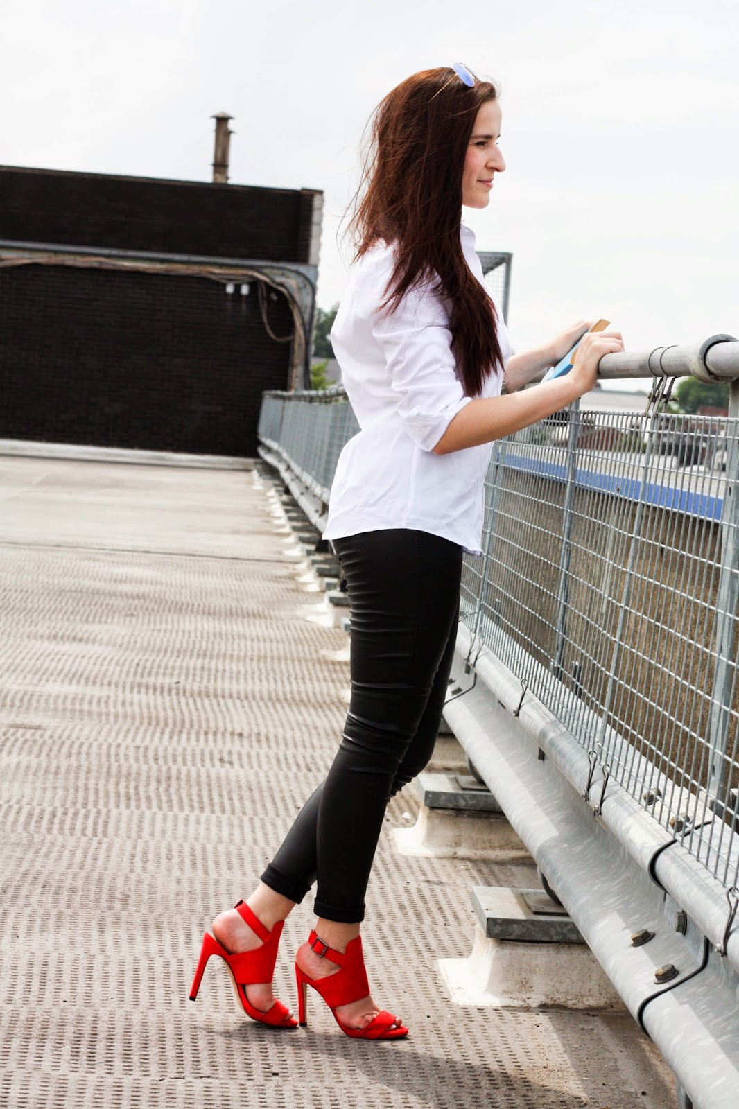 Crisp white shirt & red heels outfit
