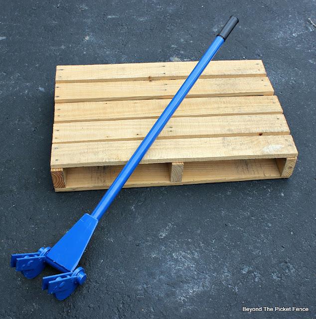 pallet wood, pallet buster, pallet tool, https://goo.gl/bs9kVq