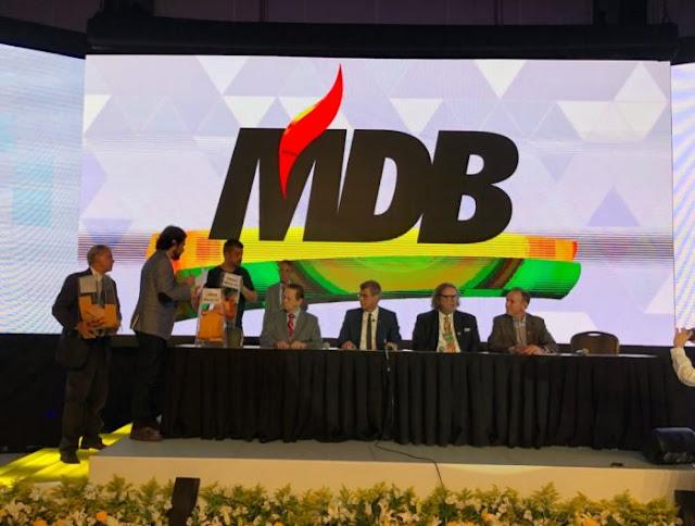 PMDB oficializa troca de nome para MDB (Opinião e Noticia)