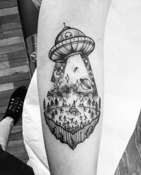 Alien Tattoos Designs Ideas And Meaning: 50 Alien UFO Tattoo Ideas & Designs (2018)