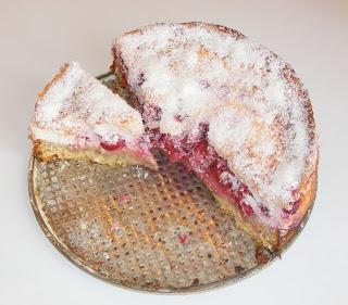Tort prajitura cu visine reteta,