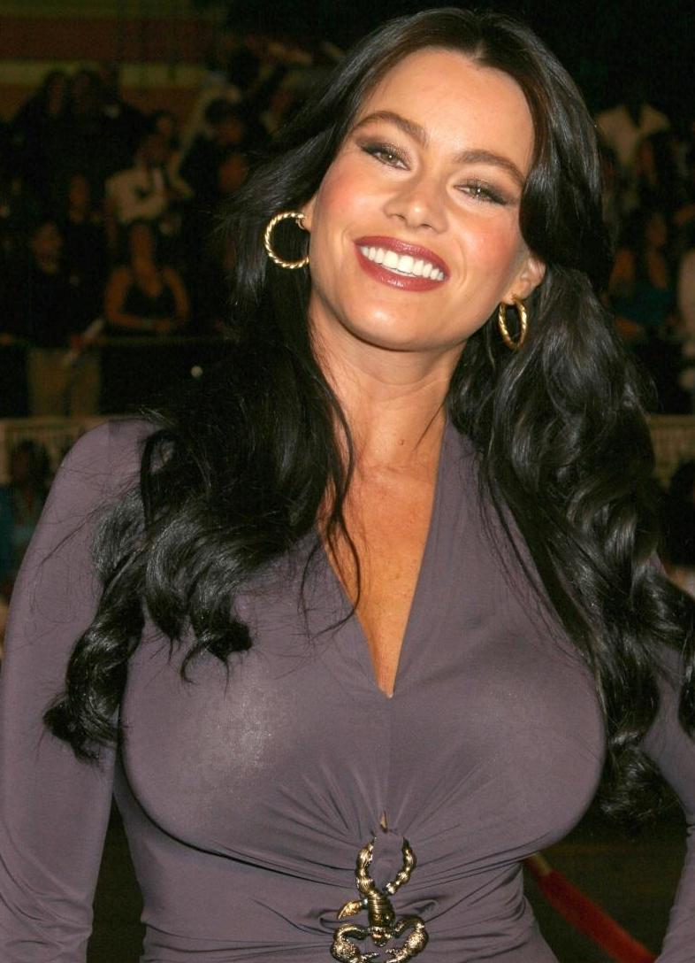 Sofia Vergara born July 10, 1972 (age 46) Sofia Vergara born July 10, 1972 (age 46) new pics