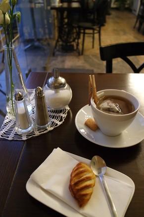 vienne vienna salon de thé café margareten cosy budapest bistro 5 arrondissement