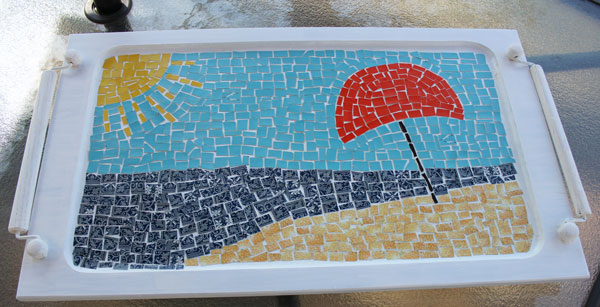 A fun mosaic tray project using vintage playing cards from Itsy Bits And Pieces Blog.