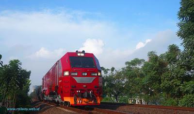 Lokomotif Diesel Hidrolik INKA