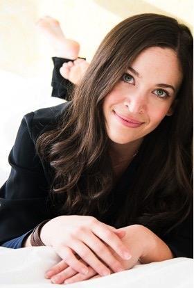 80e9bfdfd3 Designer Bio - Arielle Shapiro Mizrahi