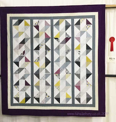 'Jody's DNA' Quilt by Natalie, quilted by Frances Meredith