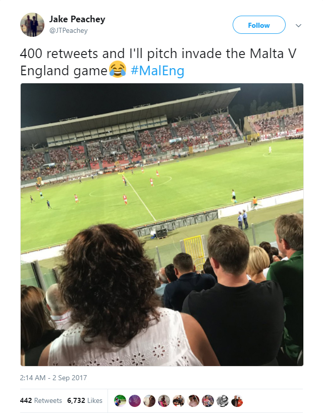 England fan Jake Peachy promises to invade the pitch if he received 400 retweets