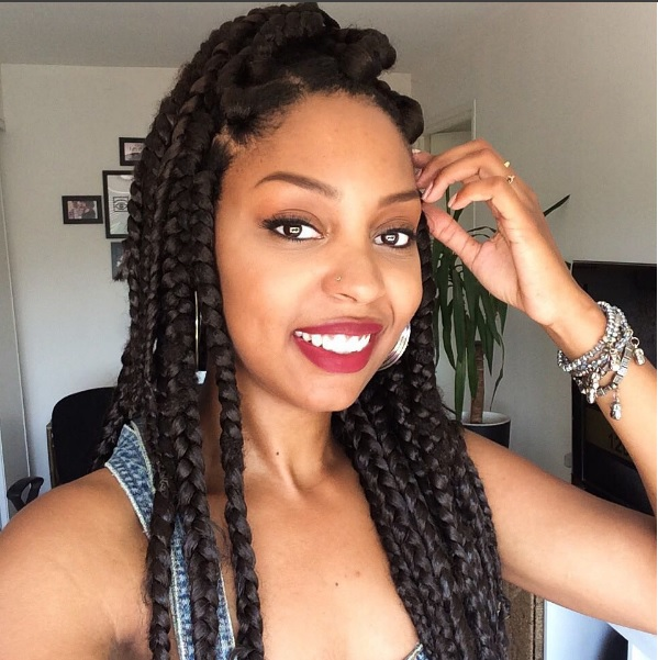 Click here to buy Jet Black Kanekalon Jumbo Braid to create your box braids.