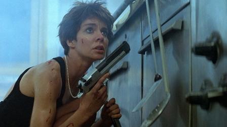 Anne Parillaud dans Nikita de Luc Besson (1990)