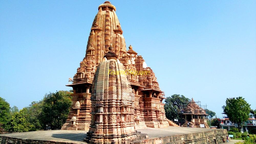 Vishwanatha Temple, Khajuraho