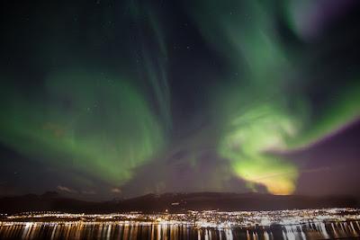 Auroras Boreales sobre la ciudad de Akureyri