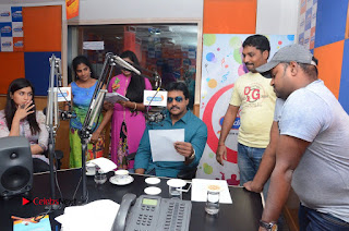 Sunil Latest Pictures with Jakkanna Team at Radio City ~ Bollywood and South Indian Cinema Actress Exclusive Picture Galleries