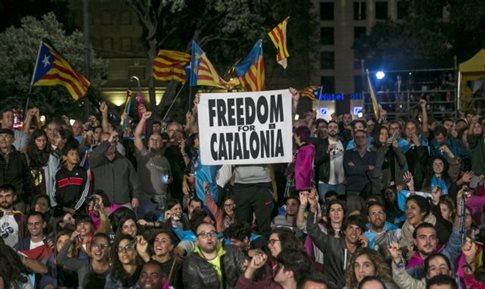 Καταλονία: Το 90% ψήφισε υπέρ της ανεξαρτησίας, στο 42,3% η συμμετοχή