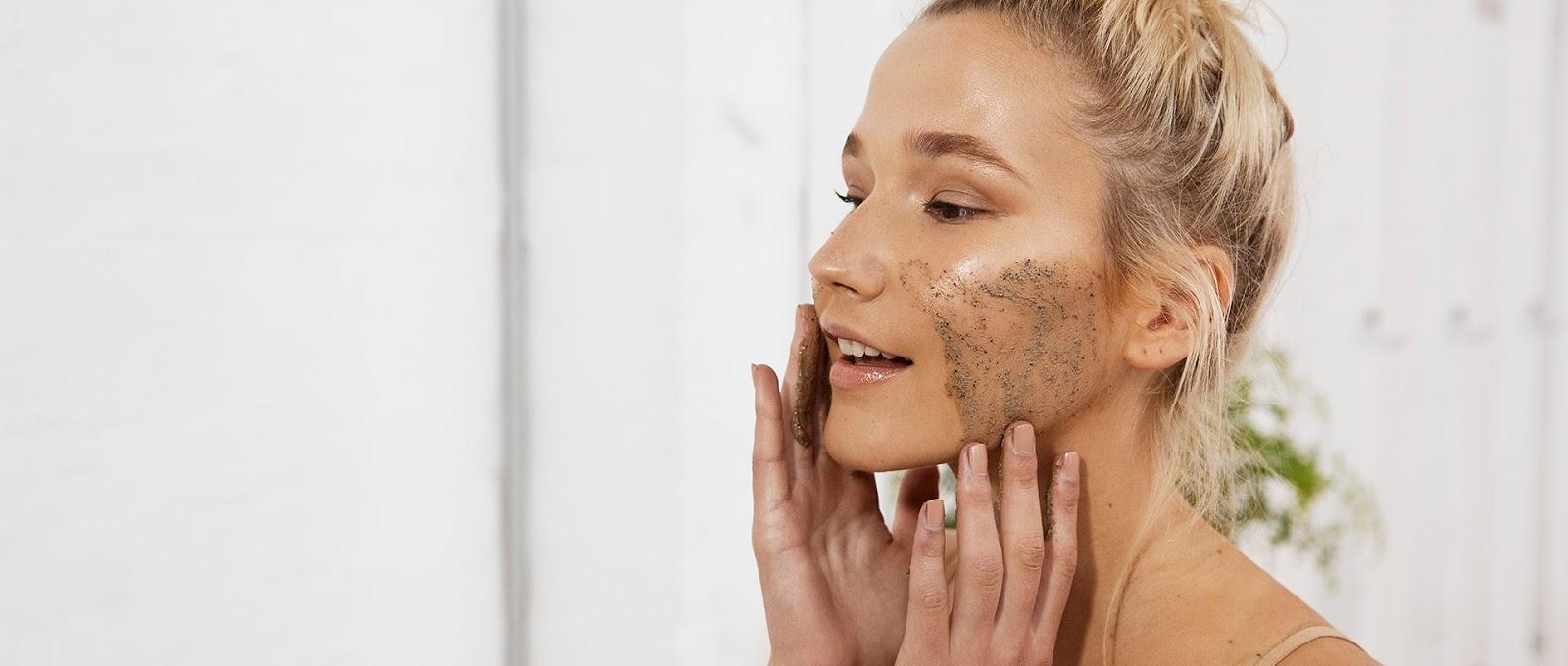 Skin Facial Scrub 104