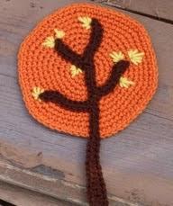 http://translate.googleusercontent.com/translate_c?depth=1&hl=es&rurl=translate.google.es&sl=en&tl=es&u=http://www.crochetspot.com/crochet-pattern-woodland-tree-applique/&usg=ALkJrhgTUyVmVy7aMrUIor2Ign6BIqueyA