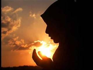 Doa Agar Suami Tunduk Kepada Istri dan Selalu Nurut Perkataan Istri