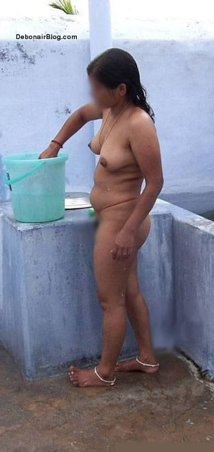 uncle aunty bathing in open