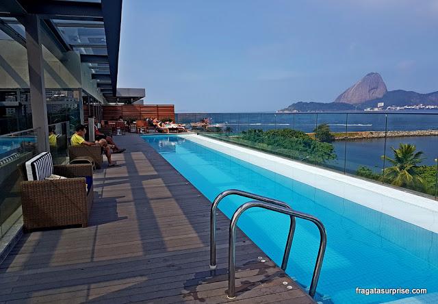 Piscina do Hotel Prodigy Aeroporto Santos Dumont