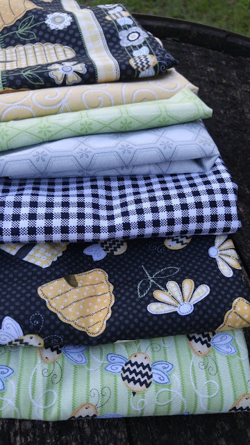 Henry Glass & Co. Sew Bee It fabric