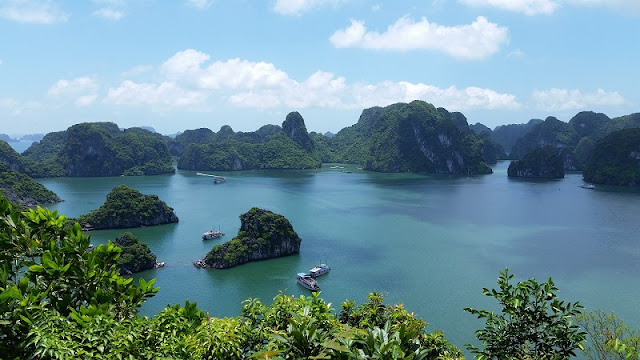 Admire Halong Bay - One of 7 World Natural Wonders