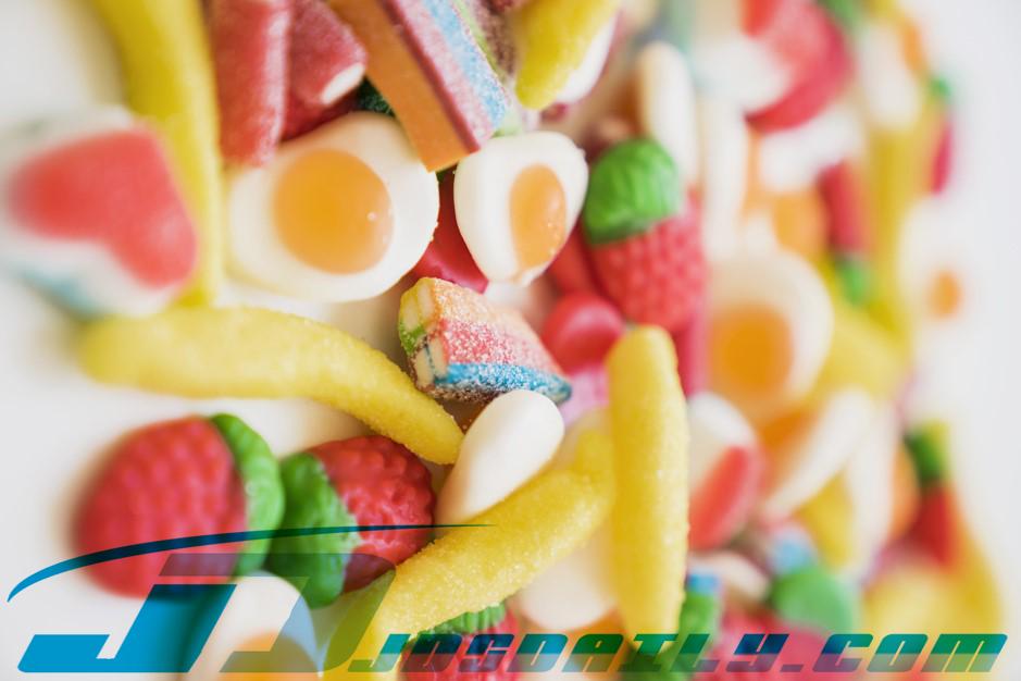 8 Efek Mengonsumsi GulaTerlalu Banyak