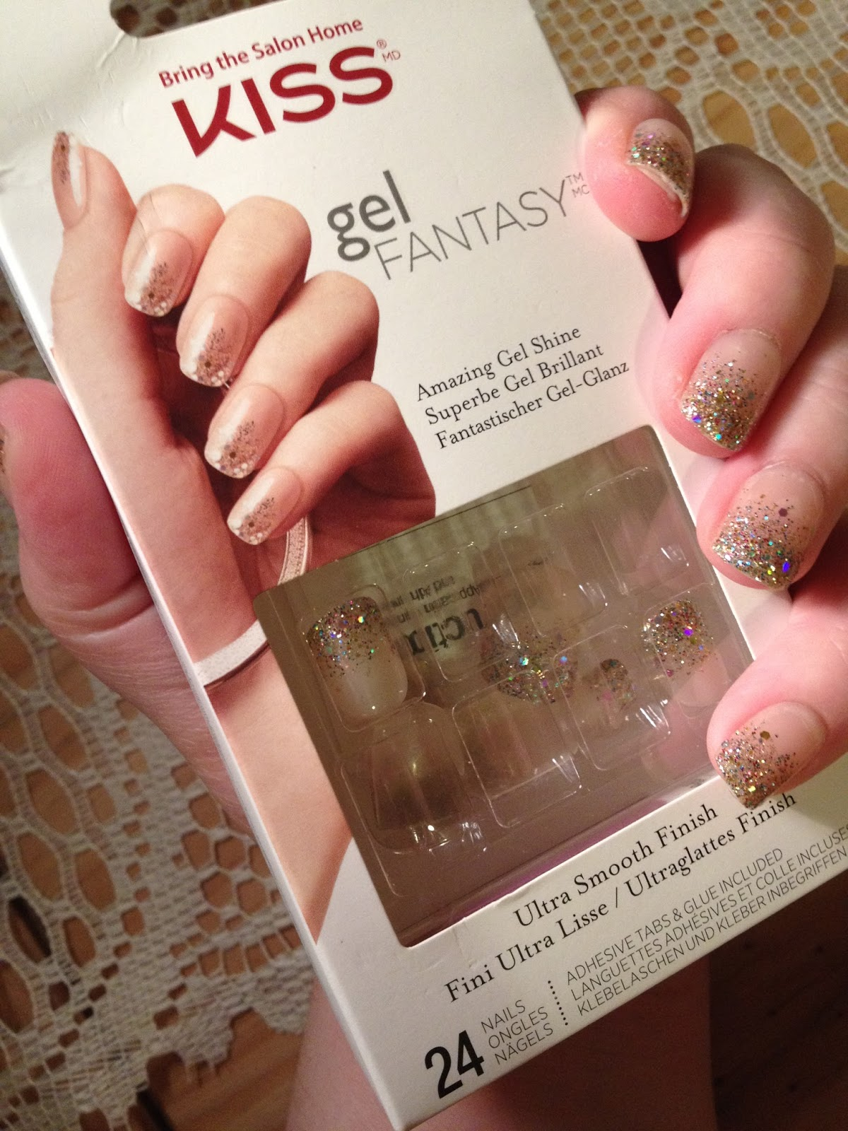 Kiss Gel Fantasy Nails / Holly Sturgeon