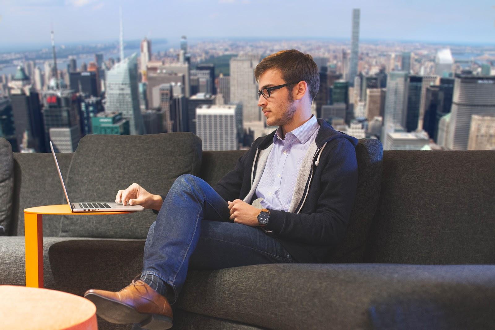 18 Secrets of Successful People