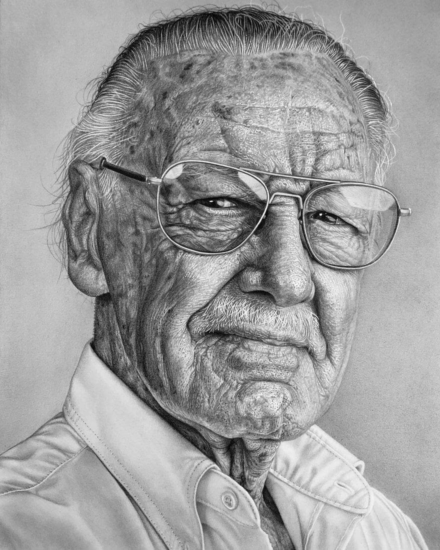 04-Stan-Lee-Justin-Cohen-Realistic-Portrait-Drawings-WIP-www-designstack-co
