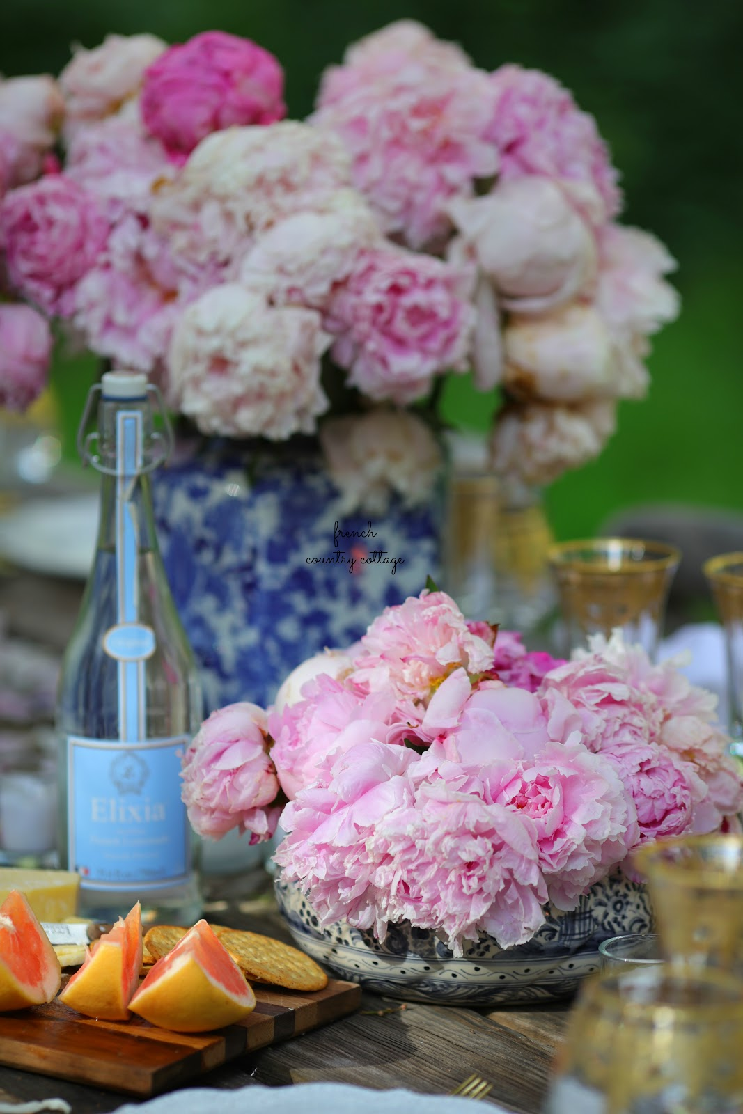 Blue Blush Gold Summer Table 10 Styling Tips French Country