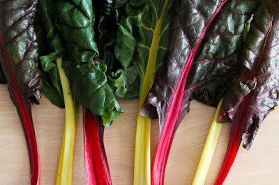 Chard contains a lot of plant fibers, which is extremely important for people with elevated cholesterol, sugar and high obesity index.