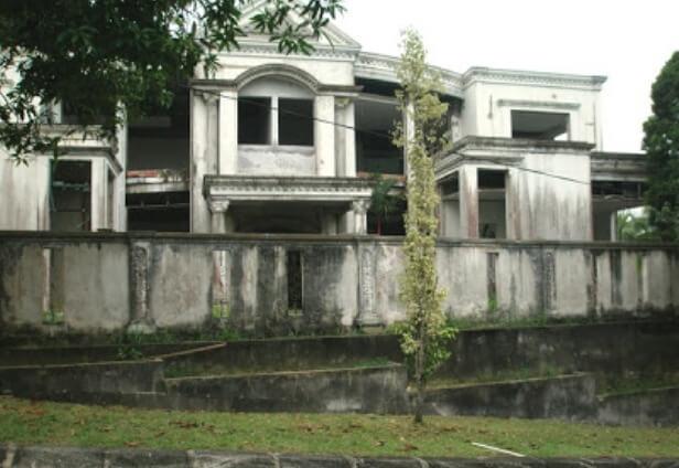 Banglo Mona Fandey