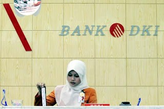 http://lokerspot.blogspot.com/2012/06/bank-dki-bumd-recruitment-june-2012-for.html