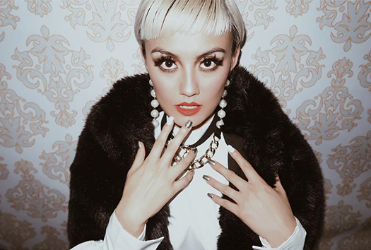Lirik Lagu Long As I Get Paid - Agnez Mo