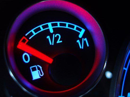Xe chảy xăng: Nguyên nhân và cách khắc phục !